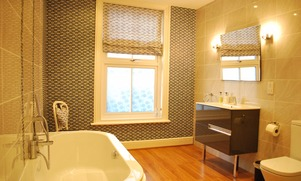 Boutique luxury bed and breakfast bathroom suites in Torquay